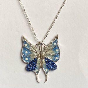 Jewelry - 🦋RESTOCKED❣️Butterfly cz sapphire silver necklace